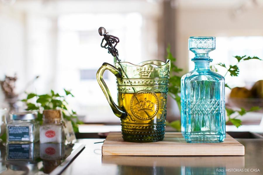 29-decoracao-cozinha-aberta-bancada-inox-temperos