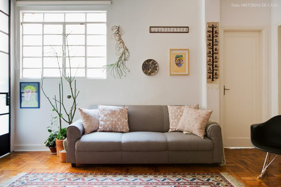 17-decoracao-sala-estar-sofa-cinza-quadros
