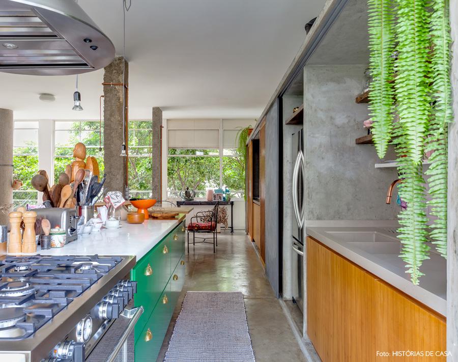 20-decoracao-apartamento-cozinha-integrada-marcenaria-verde