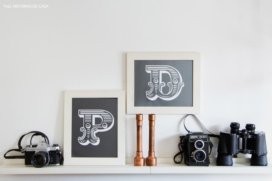 20-decoracao-sala-estar-prateleira-cameras-fotograficas-antigas