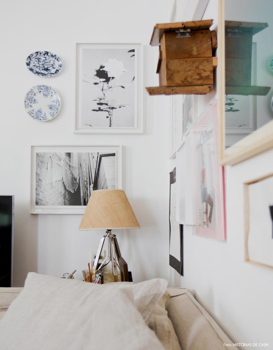 10-decoracao-sala-estar-parede-quadros-quina