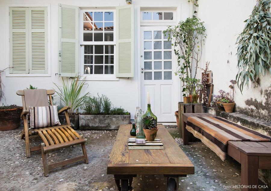 26-decoracao-casa-jardim-quintal-plantas-madeira-demolicao