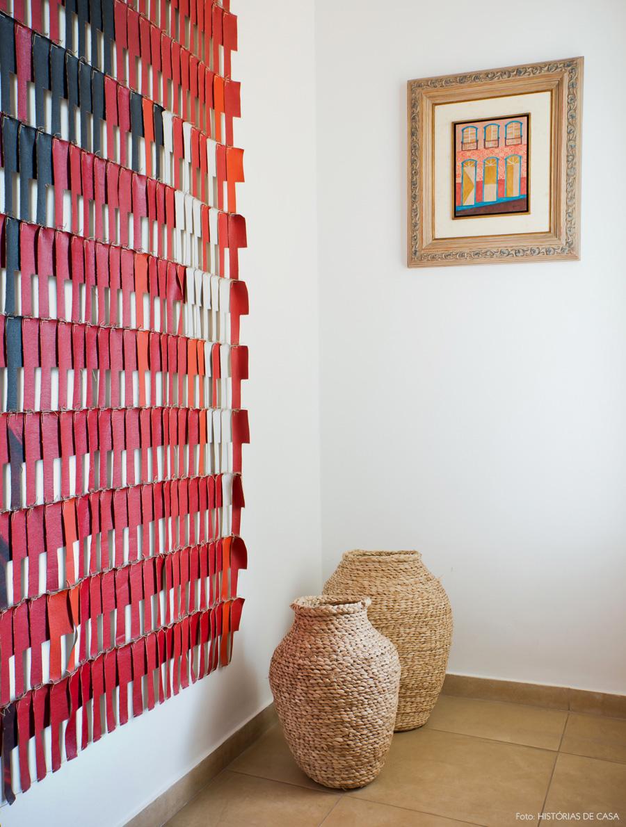 09-decoracao-casa-cris-rosenbaum-hall-entrada-obra-arte