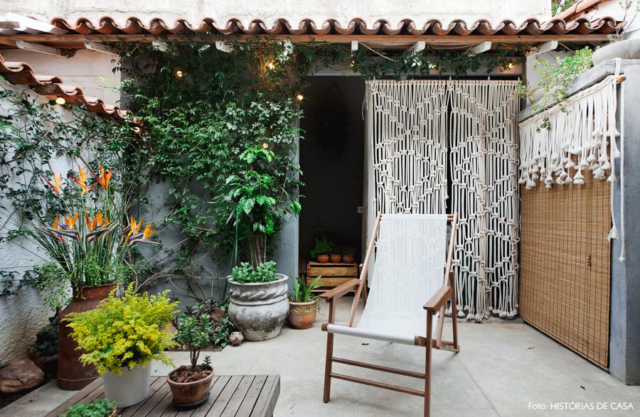 19-decoracao-jardim-quintal-casa-plantas-macrame
