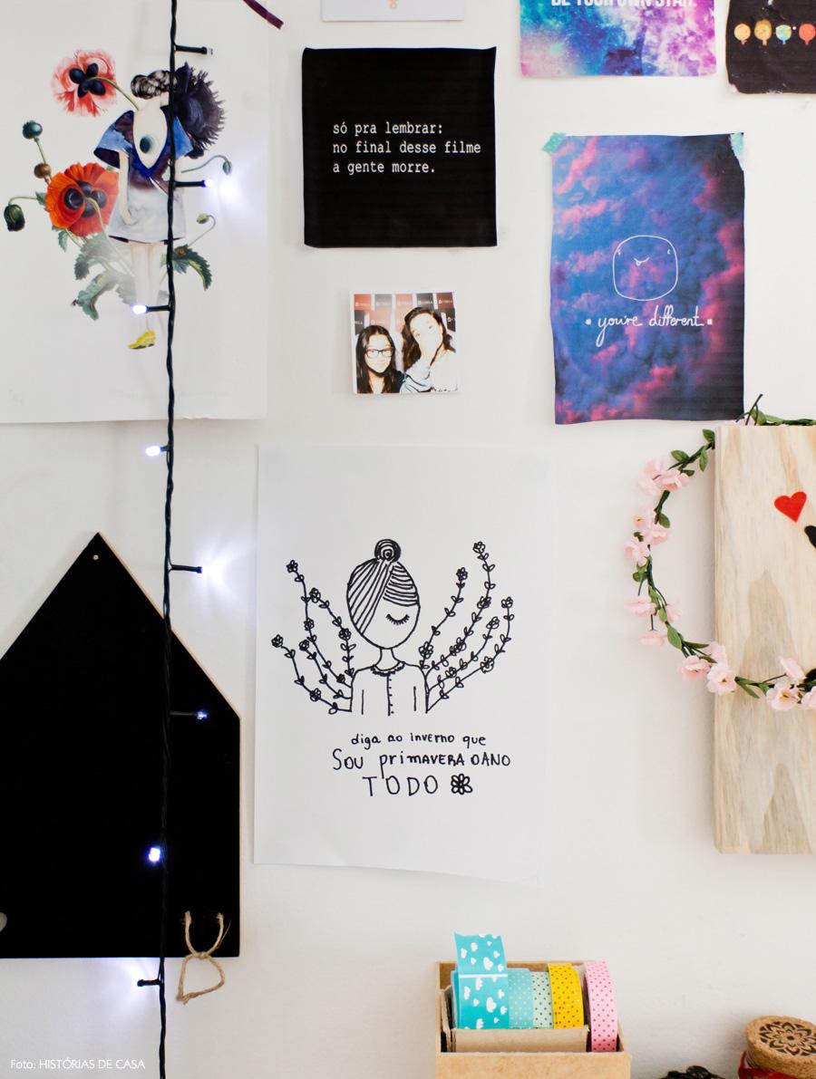 45-decoracao-quarto-adolescente-colagens-nas-paredes