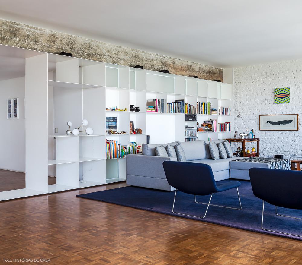 04-decoracao-apartamento-ar-arquitetos-sala-integrada-estante