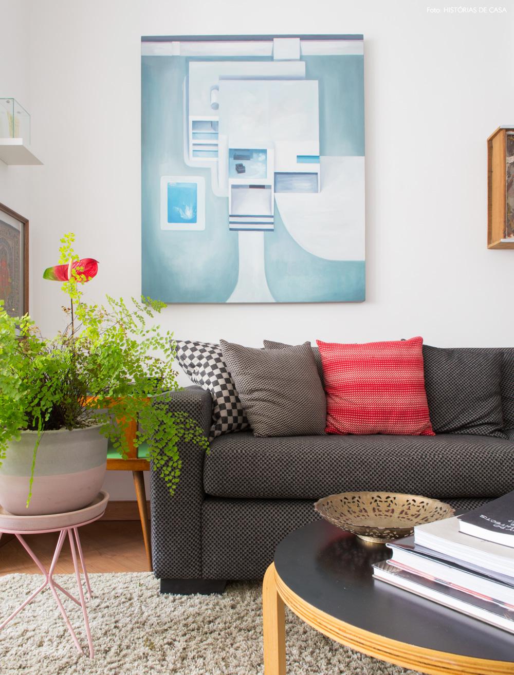 06-decoracao-apartamento-pequeno-mesa-redonda-plantas