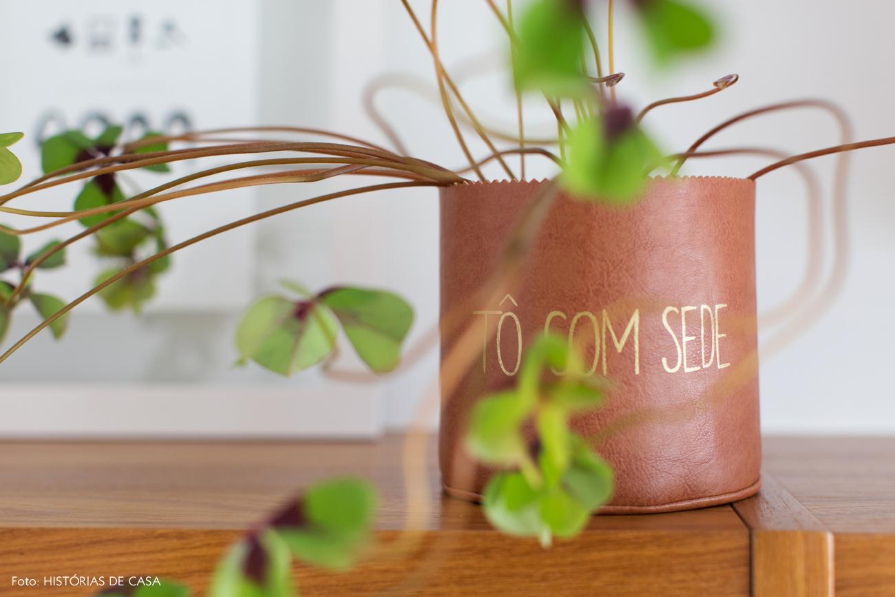 03-decoracao-plantas-no-apartamento-cachepo-tecido