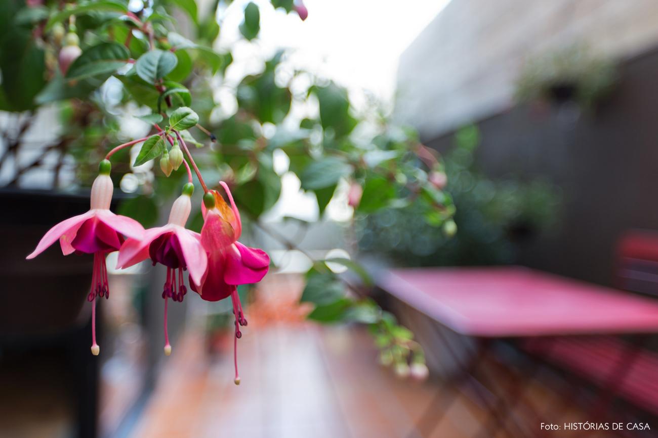17-decoracao-terraco-varanda-de-apartamento-parede-madeira