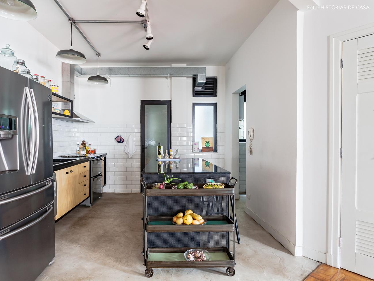 30-decoracao-cozinha-integrada-industrial-cimento-queimado