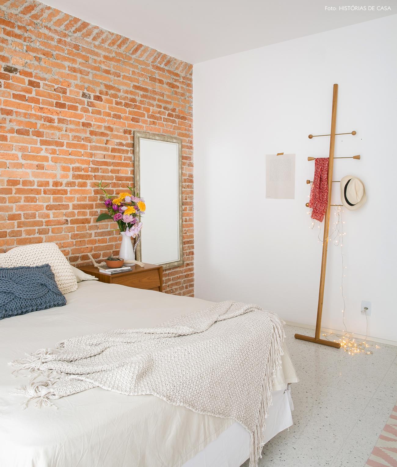 33-decoracao-quarto-parede-tijolinho-mancebo-design