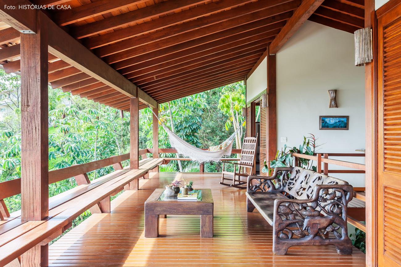19-decoracao-varanda-casa-de-praia-de-madeira