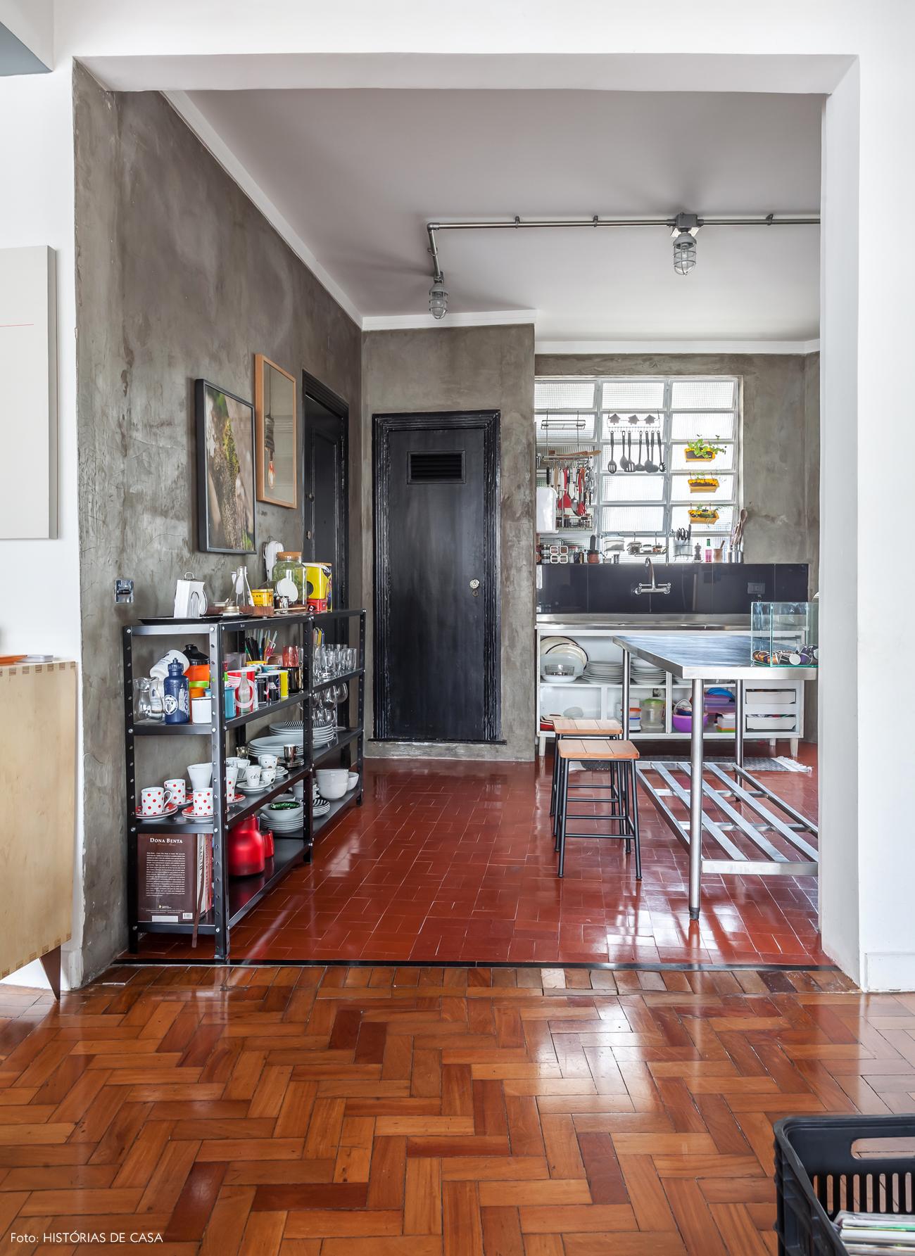 21-decoracao-apartamento-cozinha-integrada-cimento-queimado