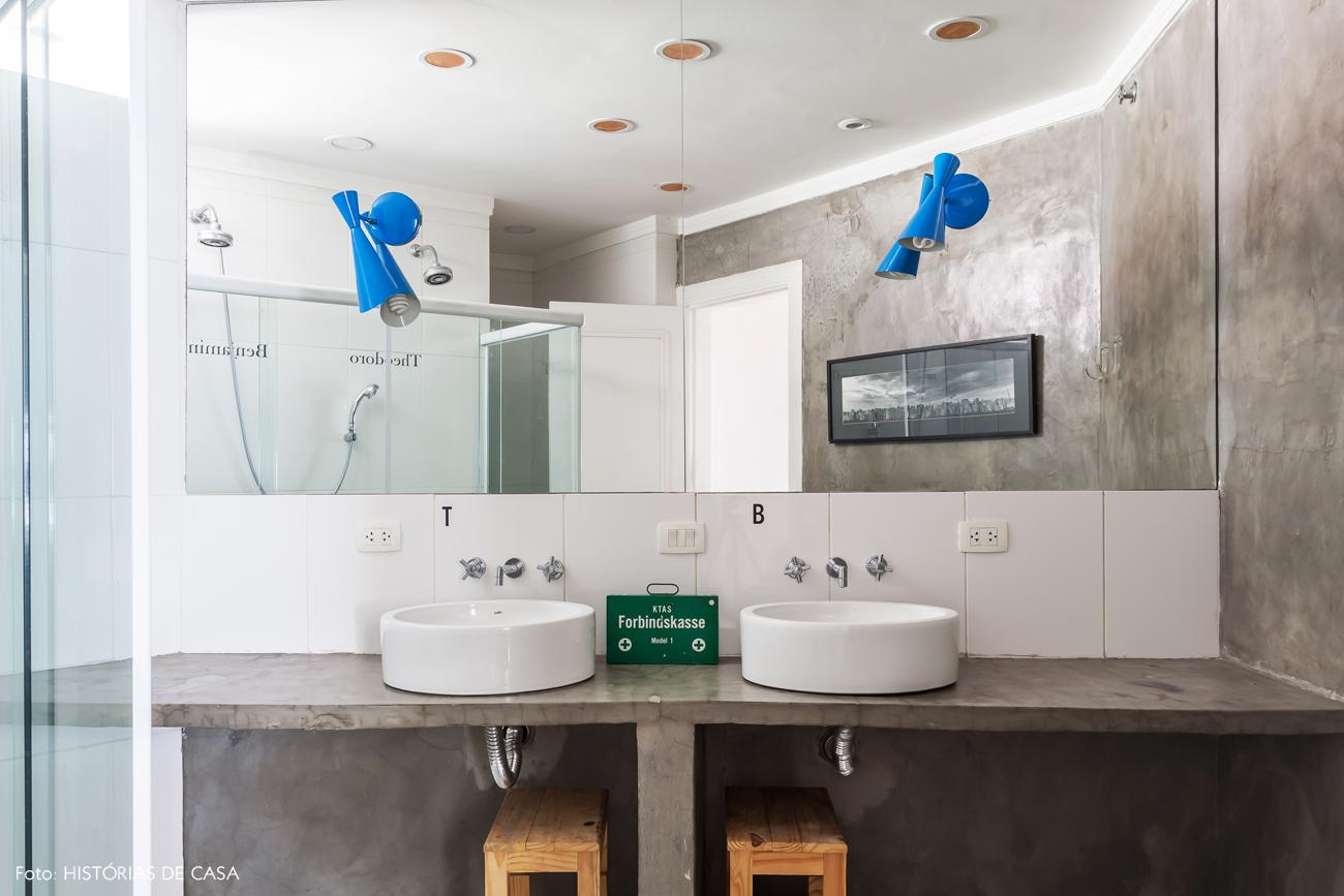 38-decoracao-banheiro-de-crianca-gemeos-cimento-queimado