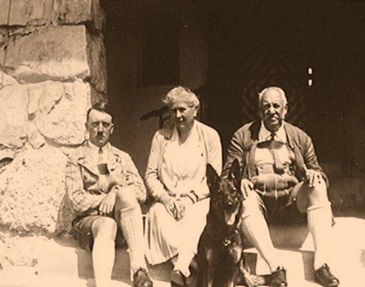 Hitler y los Bechstein