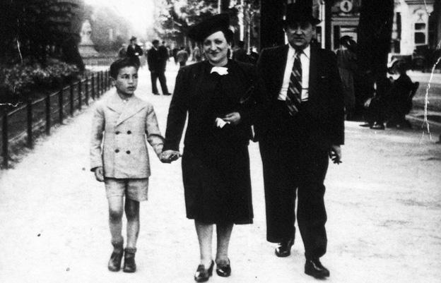 Simon, Channa y León