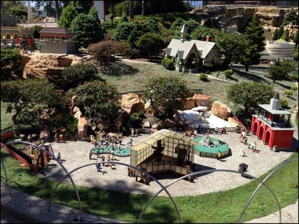 Paseos De Domingo Por Central Park El Parque En Versi Lego Historias Nueva York