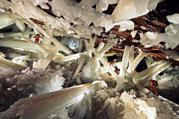 Resultado de imagen de la cueva de los cristales gigantes (méxico)
