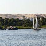 Un barco antiguo y cementerio descubiertos en una ciudad submarina en Egipto