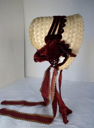 Profile of straw plait bonnet, 1840s