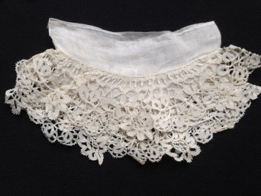 1850s sleeve attachment with two Honiton lace frills, Charles Paget Wade Costume Collection at Berrington Hall