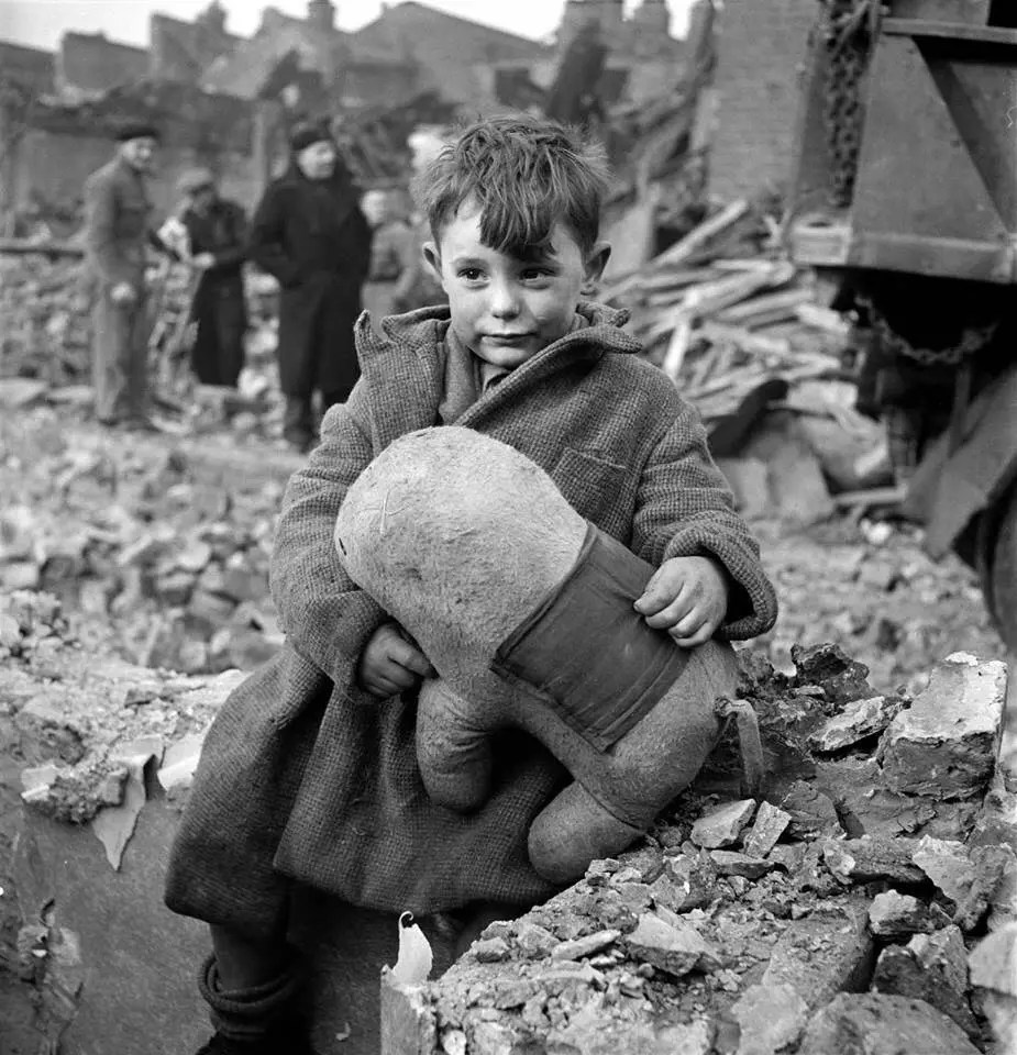 Young boy in London, 1945