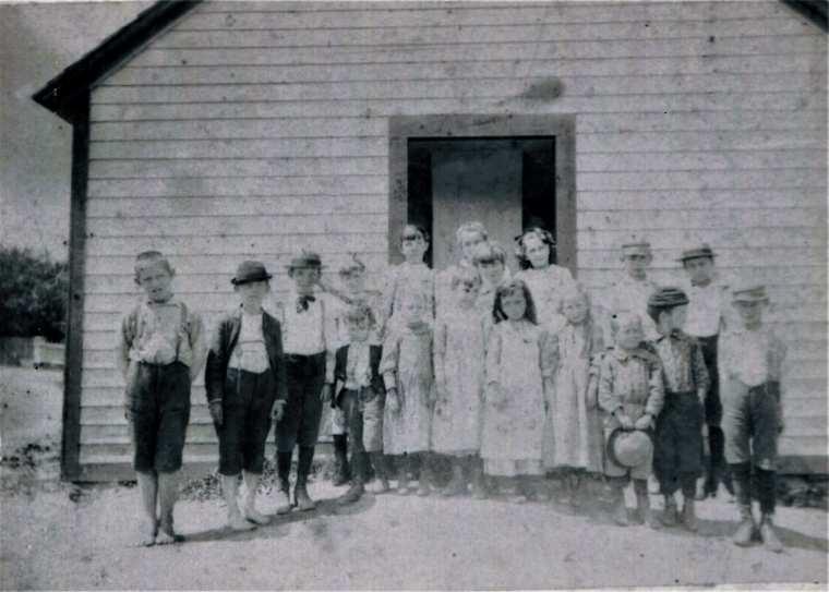 Easton HSE Fairfield 1894 Plattsville School