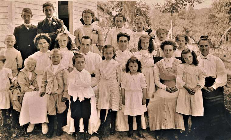 Easton HSE S103 Judd School Picnic c1908