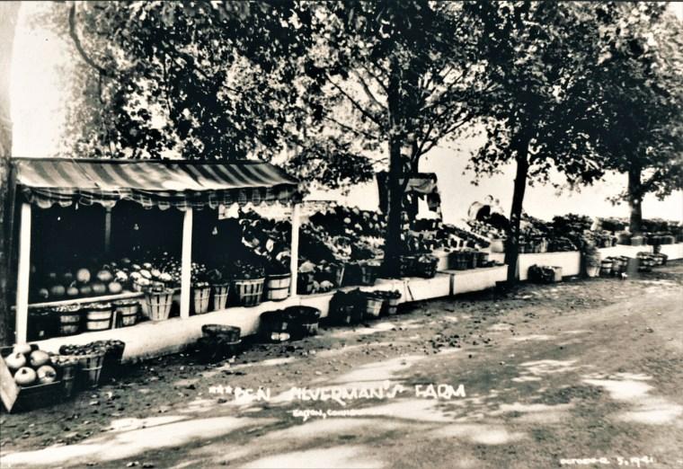 Easton HSE Silverman Farmstand 1941