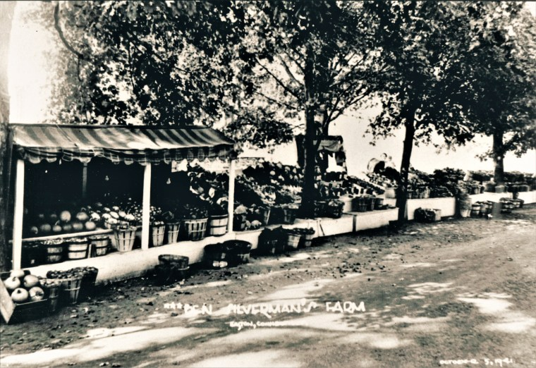 Easton HSE Silverman Farmstand 1941