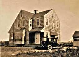 24 Marsh Road. Harry Escott House built 1926.