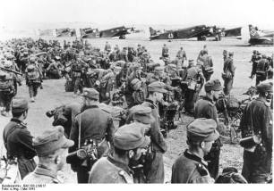 Mountain troops prior to their transfer to Crete.