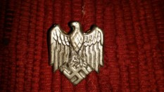 Seller/Item 002: Replica Luftwaffe Nazi Badge $20USD plus Shipping/Insurance