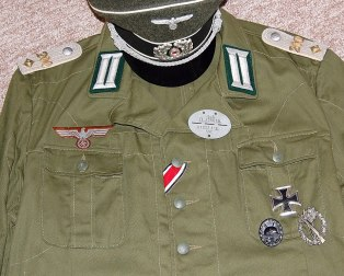 IR 200 Oberleutnant tropical Bluse. Made by http://soldat.com/ or Soldat FHQ on Facebook.