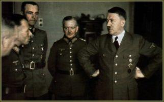 From left to right : Adolf Heusinger, Friedrich Paulus, Georg von Sodenstern, and Adolf Hitler.