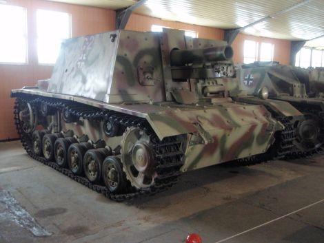 Sturm-Infanteriegeschütz 33B