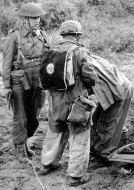 Sani captured by Allied soldiers.