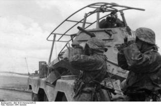 8 Rad Sd.Kfz. 232 radio vehicle of SS-Division Wiking in Russia, 1941.