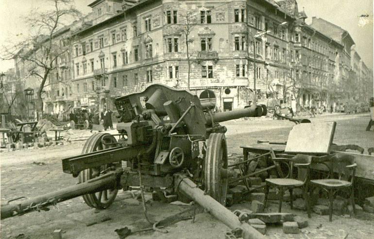 German 50 Mm Anti Tank Gun: 37 MM Pak 36, 50 MM Pak 38, And 75 MM