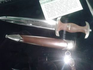 SA Dagger - Ditsong National Museum of Military History- Johannesburg, South Africa