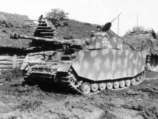 Panzer IV numbered 505.