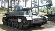 The Ausf. J was the final production model, and was greatly simplified compared to earlier variants to speed construction. This shows an exported Finnish model.