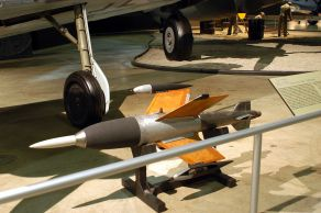 A Ruhrstahl X-4 at the U.S. National Airforce Museum.