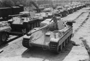 Panther Ausf. D tanks, 1943. The D model can best be recognized by the drum cupola.