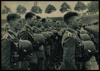 Luftwaffe men.