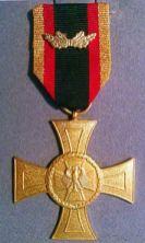 200px-Ehrenkreuz_Bundeswehr_Tapferkeit_1