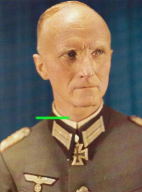 Oberst Maximilian Reichsfreiherr von Edelsheim after receiving Eichenlaub #162 as a Kommandeur of Panzergrenadier-Regiment 26.
