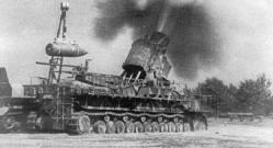 "60 cm Karl-Gerät ""Ziu"" firing in Warsaw, August 1944."