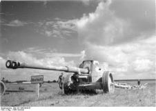 8.8 cm Pak 43/41 on display at a weapons show on the northern sector of the Eastern Front in 1943.