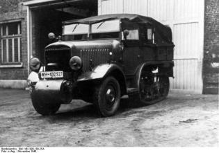 P107 captured by the Germans, seen in Belgium in 1940.